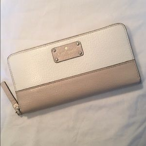 Kate Spade Beige/White Zip Around Wallet